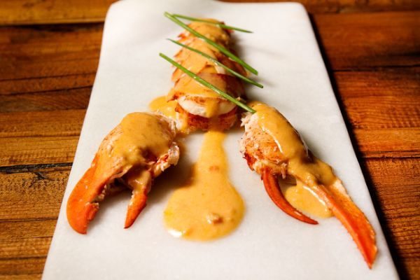HOMARD AVEC SON ESSENCE EN TARTINABLE